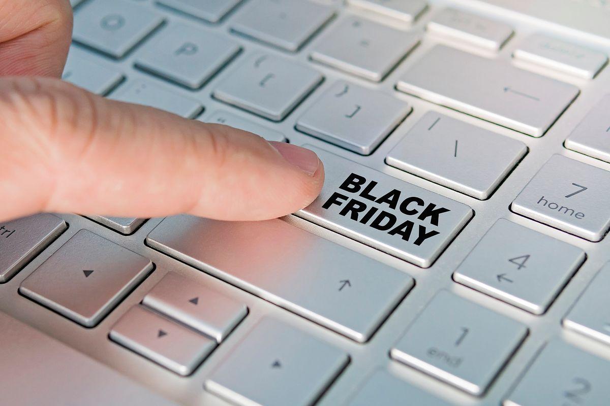 Fake Friday: Śledź oszustwa sprzedawców w Black Friday 2019