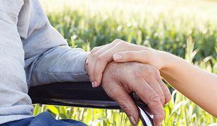 Koronawirus. Starsi ludzie najbardziej odczują przymusową izolację