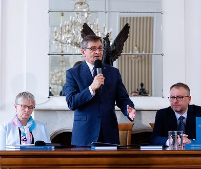 Marszałek Kuchciński poinformował o wynikach ankiety