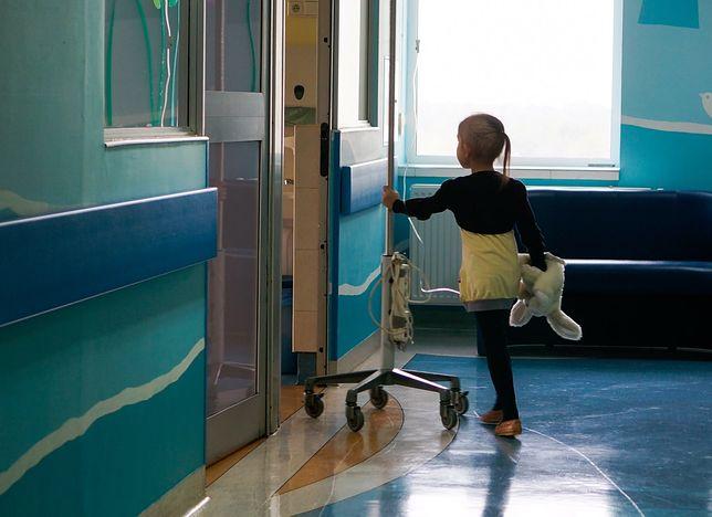 Znaleźli się rodzice, którzy postanowili sami pomóc szpitalom.