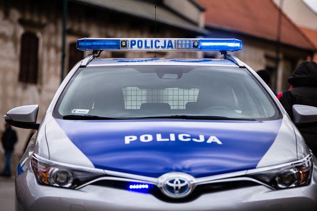 17-latka i 50-latek są poszukiwani w całej Europie.