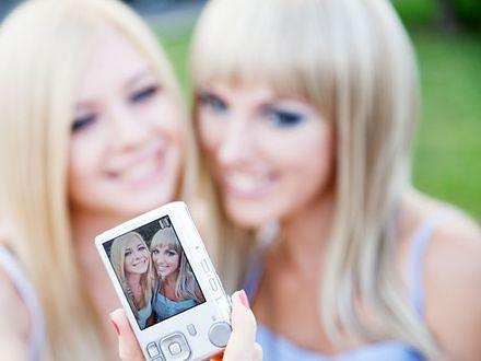 Makijaż ślubny - jak dobrze wyglądać na zdjęciach?