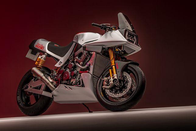 Katana od Team Classic Suzuki