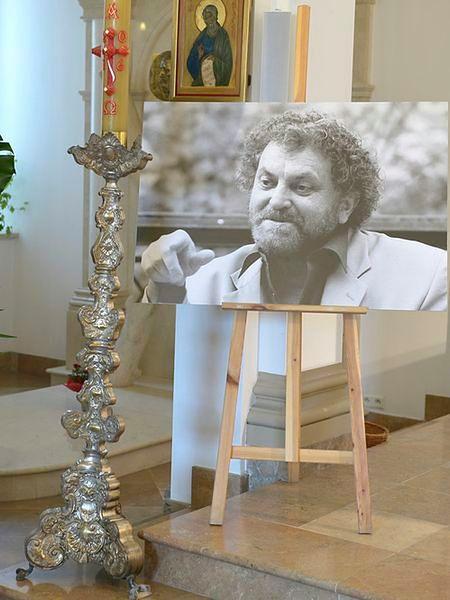 Artysta zmarł po długiej i ciężkiej chorobie.