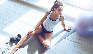 Ćwiczenia na nogi i pośladki możesz wykonać także w domowych warunkach