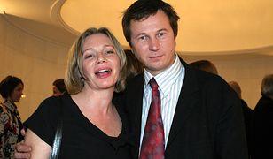 Piotr Cyrwus z żoną Mają Barełkowską podczas gali rozdania Telekamer w 2004 roku