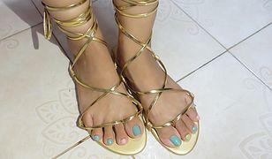 Baleronowe balerinki, czyli klątwa wysoko sznurowanych butów