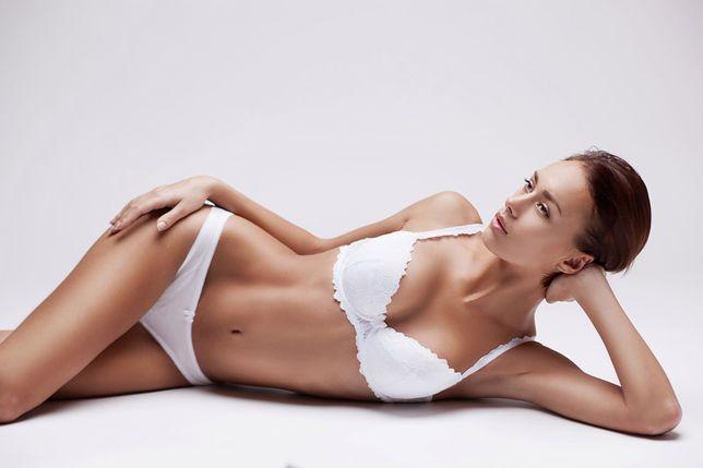 Biała bielizna jest jedną z najpopularniejszych