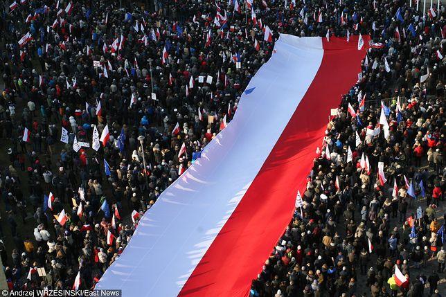 """Byli ambasadorowie RP: Polska to """"chory człowiek"""" UE"""