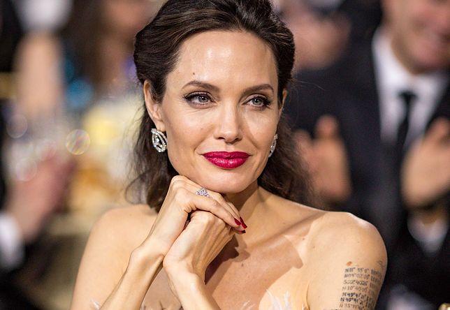 """Angelina Jolie szykuje się do """"małżeństwa z rozsądku""""?"""