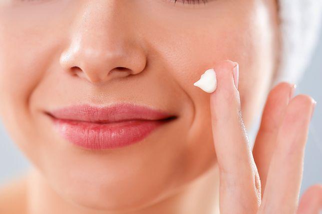 Pozbądź się problemów ze skórą z pomocą odpowiednich kosmetyków na noc
