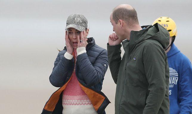 Kate i William w ostrym wietrze szkockiego wybrzeża