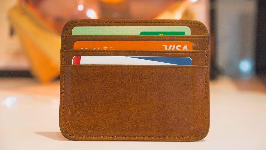 Błąd bezpieczeństwa pozwala płacić kartą Visa bez podania kodu PIN