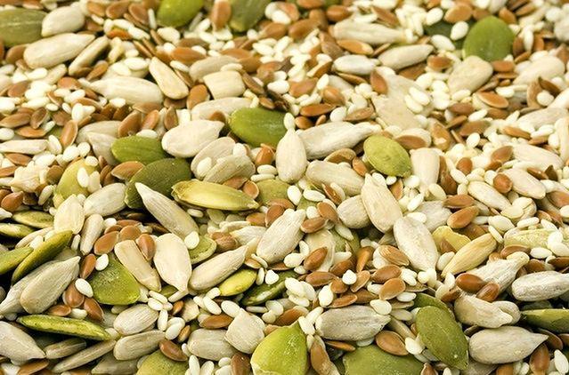 Kulki proteinowe z nasionami dyni i słonecznika
