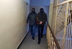 Warszawa. Policja zatrzymała seryjnego włamywacza. Okradał sklepy