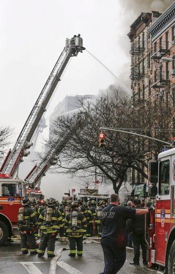 Wybuch w kamienicy na Manhattanie - zdjęcia