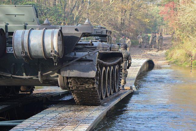 Przeprawa mostowa podczas polsko-brytyjskich ćwiczeń