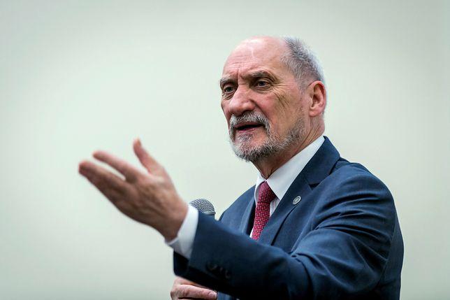 Na stanowisku ministra obrony narodowej Antoniego Macierewicza zastąpił Mariusz Błaszczak