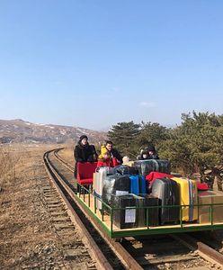 Korea Północna. Rosyjscy dyplomaci wracali do kraju w nietypowy sposób