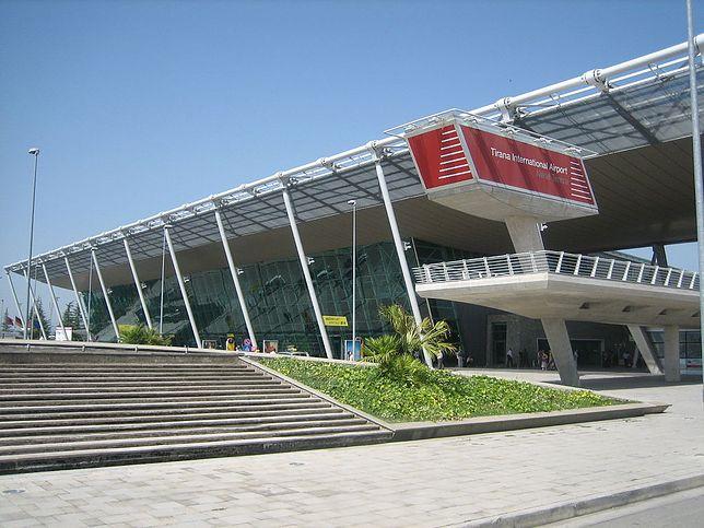 Lotnisko Tirana (Rinas). Jak dojechać do centrum miasta?