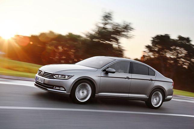 Volkswagen Passat taniej o 20 tys. zł. Na czym polega promocja?