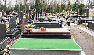 Grób Aleksandry Natalli-Świat  po zakończeniu czynności ekshumacyjnych