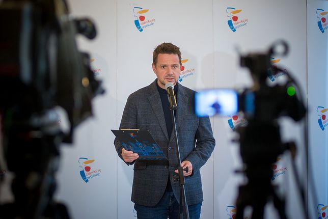 Koronawirus w Warszawie. Rafał Trzaskowski w czasie konferencji prasowej