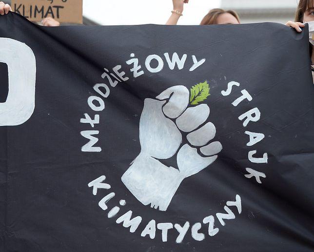 Warszawa. Pikieta Młodzieżowego Strajku Klimatycznego