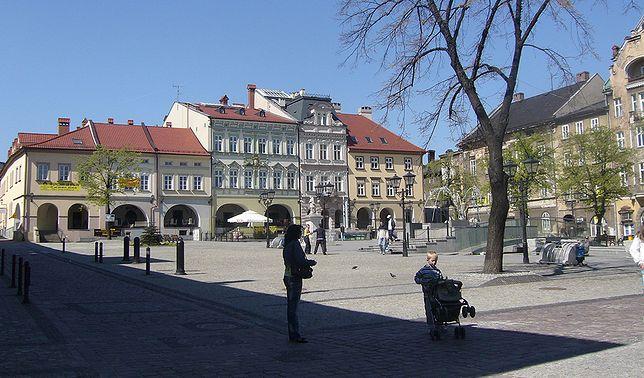 Bielsko-Biała to urokliwe miasto położone u stóp Beskidów