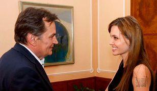 Jolie chce wspierać oświatę w Bośni