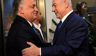 Premierzy Wiktor Orban i Benjamin Netanjahu podczas spotkania w Jerozolimie w 2018 r.