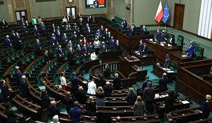 """Aborcja w Polsce. Sejm odrzucił """"ustawę ratunkową"""""""