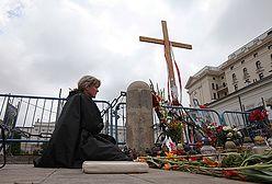 """""""Kościół nic nie stracił w czasie bitwy o krzyż"""""""