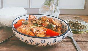 Curry z pieprzem i tofu. Błyskawiczny obiad bez mięsa