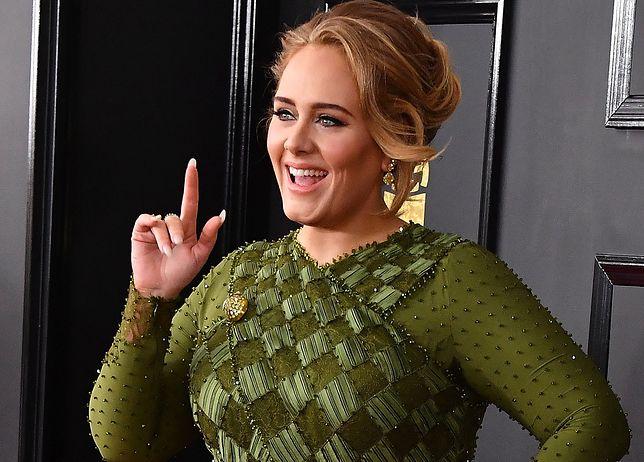 Adele pokazała urodzinowe zdjęcie. Modelka Chrissy Teigen spojrzała na jej figurę i nie może uwierzyć