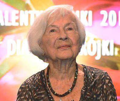 Danuta Szaflarska zmarła w 2017 r. Po ponad 2 latach od pogrzebu postawiono jej nowy nagrobek