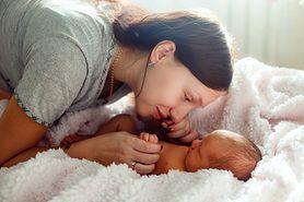 Co się dzieje z mamą po porodzie? Połóg od A do Z