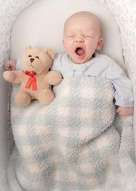 Eksperci ostrzegają – przegrzewanie dziecka może doprowadzić do śmierci łóżeczkowej