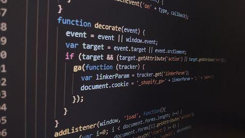 Pensje programistów rosną. Architekt IT zarabia nawet 18 tys. złotych brutto