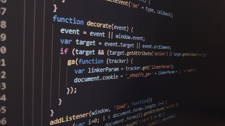 Zarobki programistów rosną – mimo pandemii, fot. Pixabay