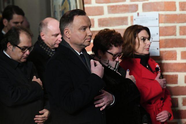 Puck. Prezydent Andrzej Duda i Małgorzata Kidawa-Błońska podczas mszy świętej.