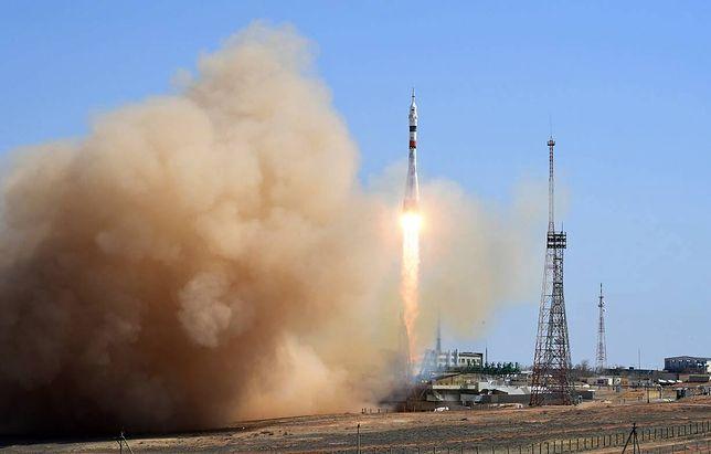 Sojuz MS-18 z rosyjsko-amerykańską załogą wystartował w piątek 09.04.2021 na ISS