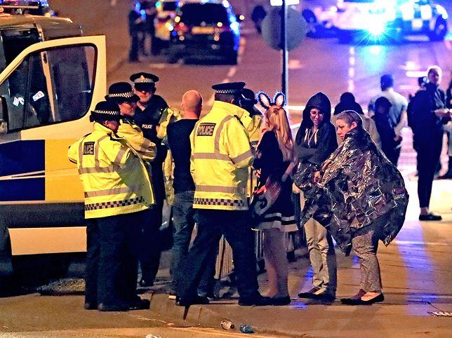 Zamach w Manchesterze. Akcja policji na przedmieściach, zatrzymano podejrzanego mężczyznę