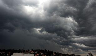 Synoptycy alarmują: znów burze, nawałnice i gradobicia
