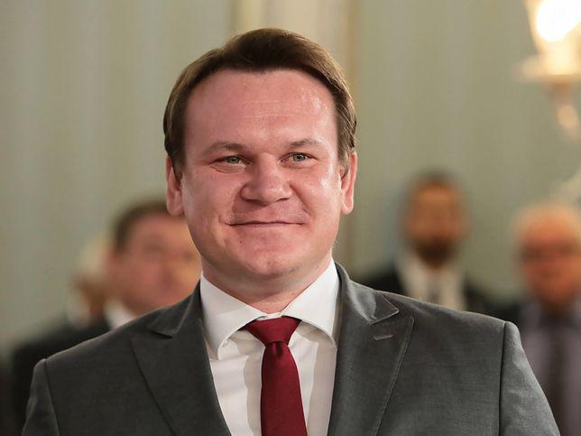 Wyrazy zachwytu Dominika Tarczyńskiego nad premierem zanotowano w protokołach