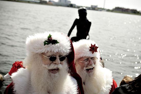 Co św. Mikołaj robi latem? - zobacz zdjęcia