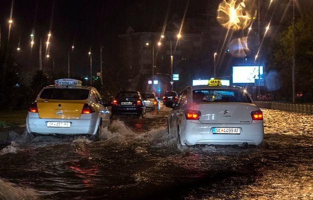 15 ofiar śmiertelnych powodzi w stolicy Macedonii