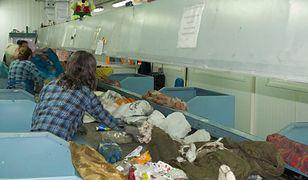 Płońsk. Zwłoki noworodka w sortowni odpadów. Śledczy apelują do mieszkańców o pomoc
