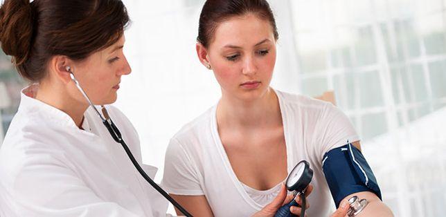 Niebawem może zabraknąć lekarzy. Jak uniknąć medycznej katastrofy?