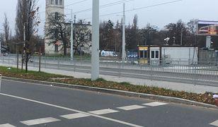 Wrocław. Dworzec Kolei Dolnośląsko-Marchijskiej nagle otrzymał nowe otoczenie. Nową ulicą Marchijską za dwa lata wyruszą na Nowy Dwór tramwaje